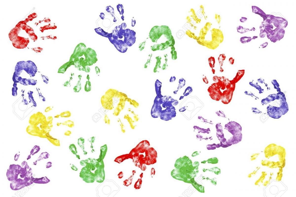 Первые детские рисунки: отпечаток детской руки
